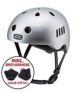 * TILBUD INKL. ØREVARMERE * Sølv letvægts cykelhjelm (demomodel) med magnetlås og reflekser, UrbanWinner Lightning Silver